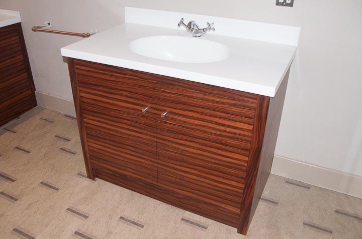 Rosewood bathroom-3