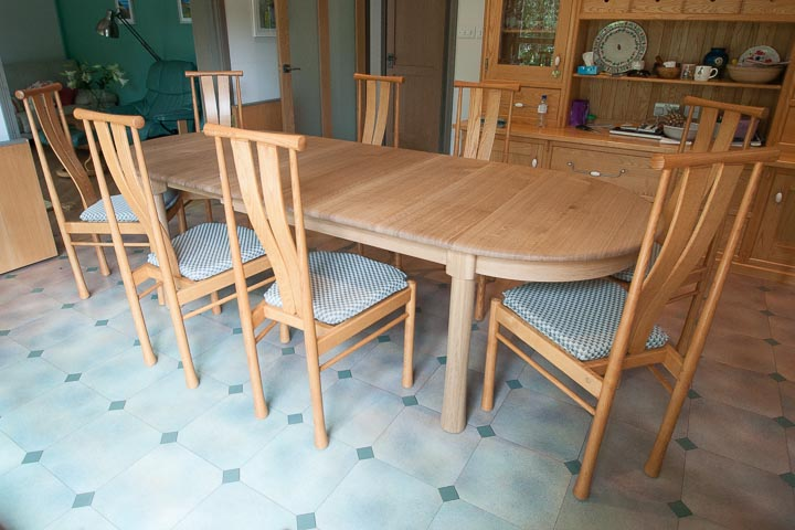 table-extending-oak-12