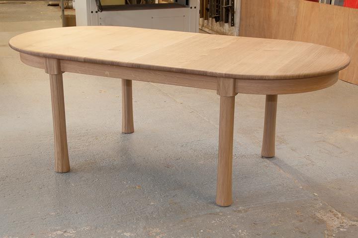table-extending-oak-3