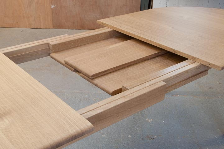 table-extending-oak-4