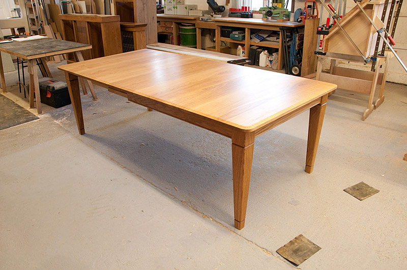 Oak table with tapered legs