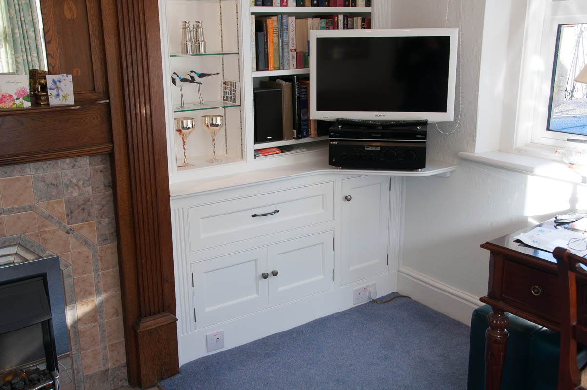 Painted bookcases-3