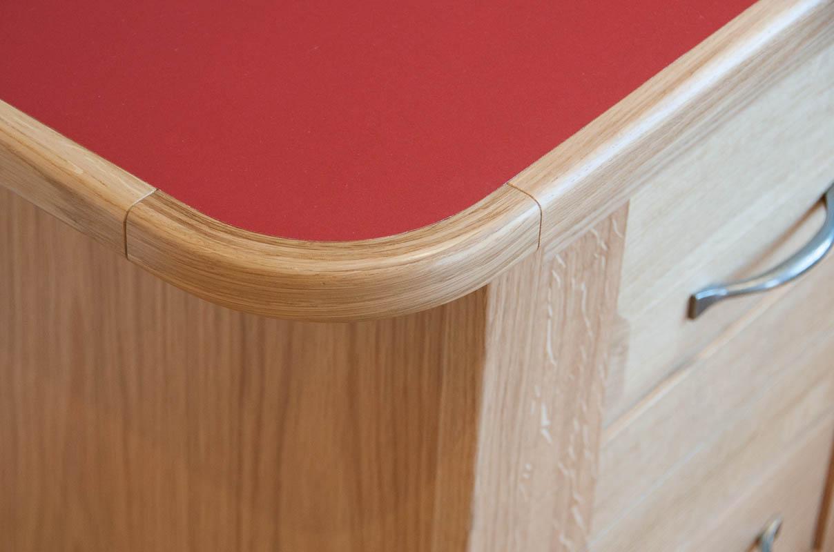 desktop lino and oak