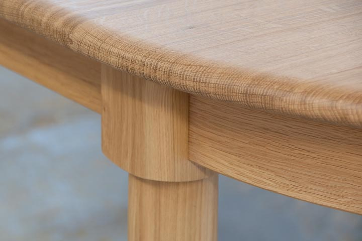 table-extending-oak-1