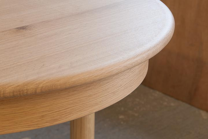 table-extending-oak-2